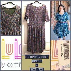 ♦️SALE♦️NWT LULAROE NICOLE DRESS 3X PLUS 24 26